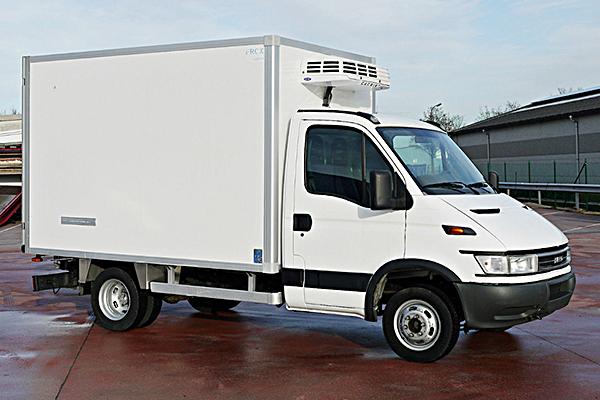 freezer_truck_iveco_artos_tour